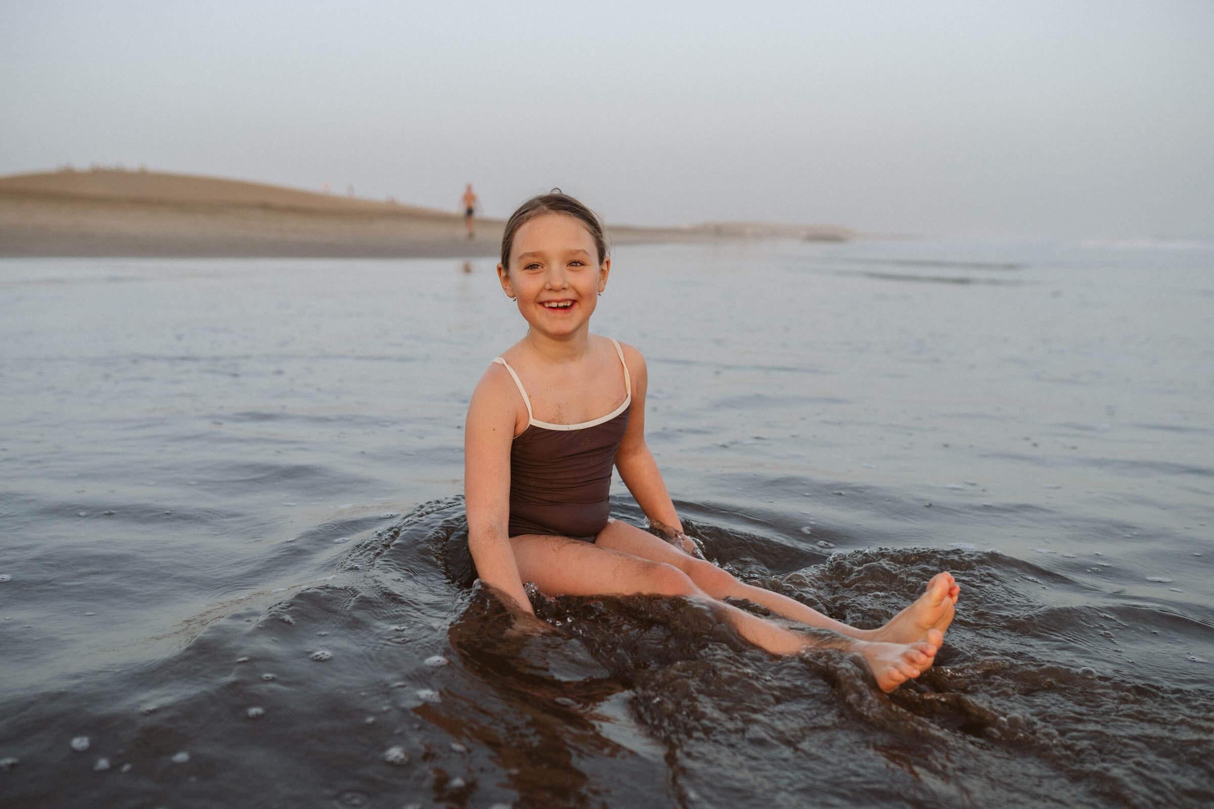 3c00fc7cffdd Dievčenské plavky hnedé - bekvåm